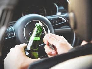 Cómo actúa el seguro de coche con positivo en alcoholemia